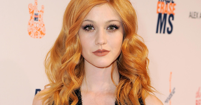 GALERIA: Kat McNamara no 23° Gala Anual do Race To Erase MS