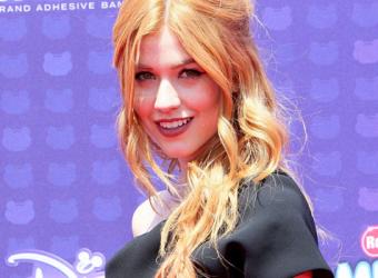GALERIA: Kat McNamara no Radio Disney Music Awards (30/04)