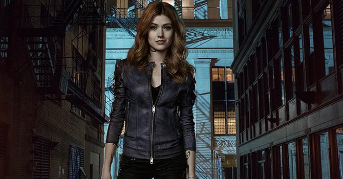 GALERIA: Pôsteres da 2ª temporada de Shadowhunters.
