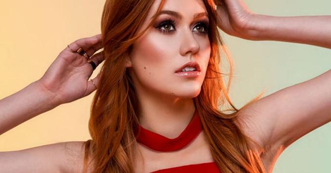 ENTREVISTA: Kat McNamara fala sobre atuação, Shadowhunters, estilo e mais com a Modeliste Magazine